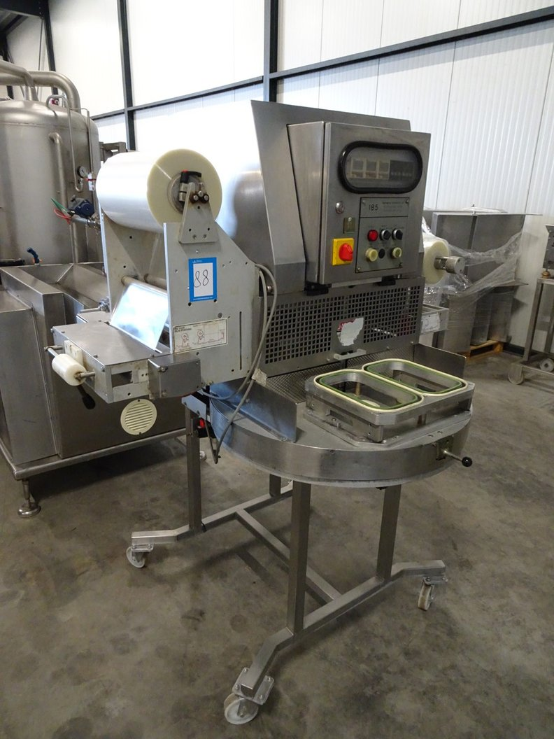 Packaging Automation mobile traysealer